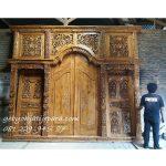 Pintu-Gebyok-4-Meter-Ibu-Titis-Jakarta 4