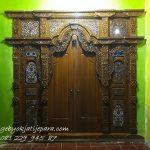 Pintu-Gebyok-Bapak-Haidar-Bali