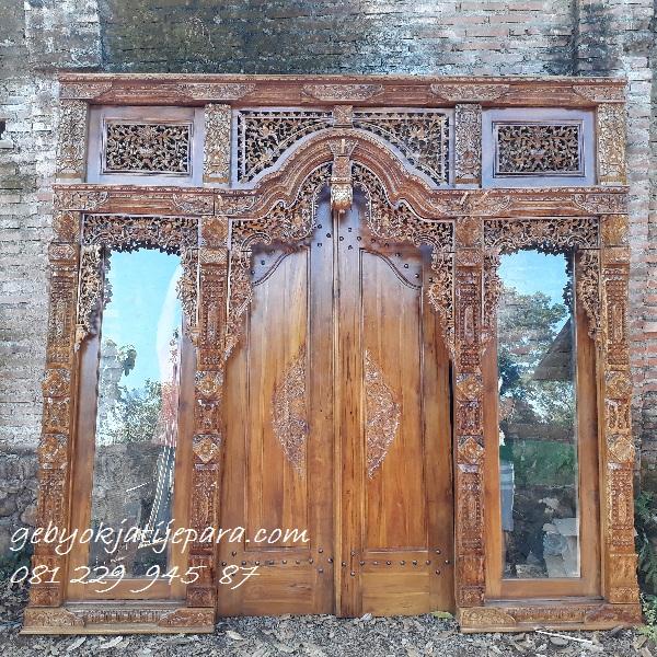 Pintu-Gebyok-Jendela-Kaca-Ibu-Andini-Medan