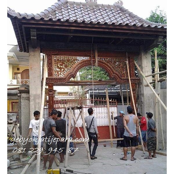 Kusen Rumah Pintu Gerbang Gebyok Bapak Arif Bandung